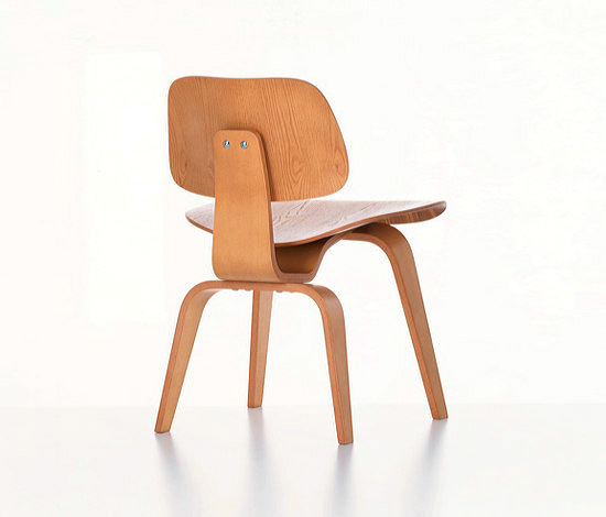 Chaise plywood group angle droit design grenoble lyon for Chaise haute vitra