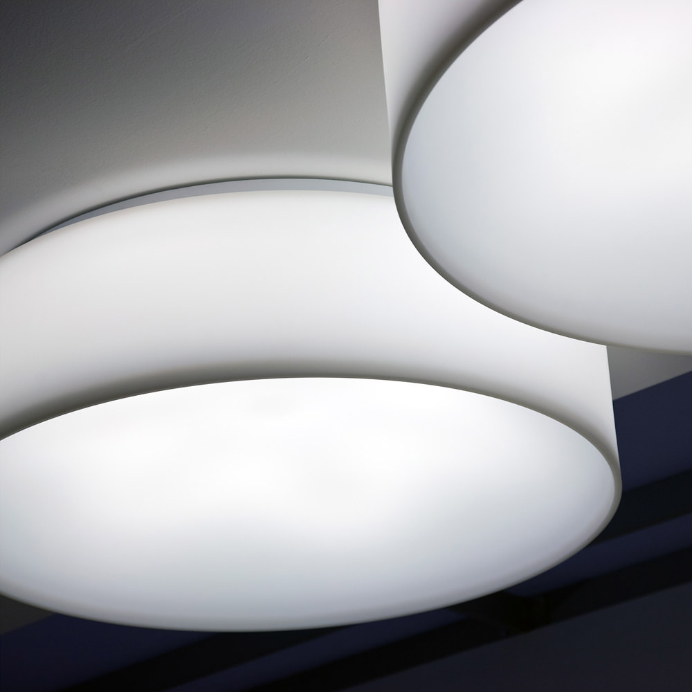 Plafonnier hole light angle droit design grenoble lyon for Luminaire exterieur plafonnier