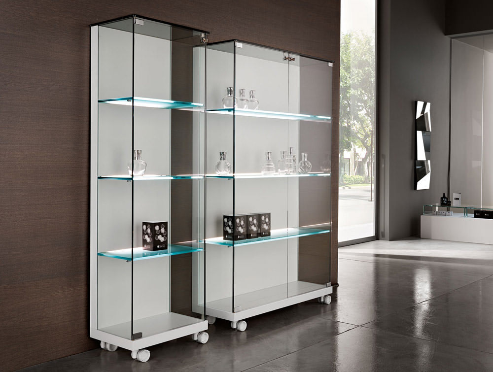 vitrine medora angle droit design grenoble lyon annecy gen ve mobilier design salle de bain. Black Bedroom Furniture Sets. Home Design Ideas