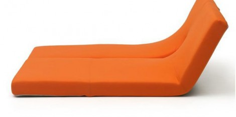 https://www.angledroit.fr/img/chaise-longue-oritami-1.jpg
