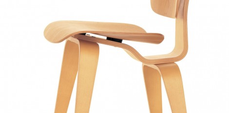 https://www.angledroit.fr/img/chaise-plywood-dcw-1.jpg