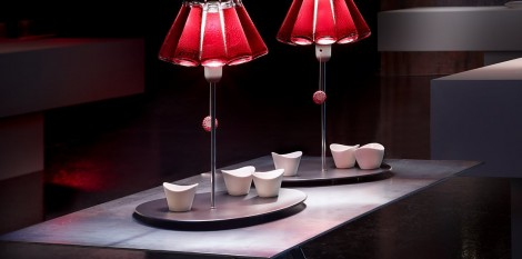 https://www.angledroit.fr/img/lampe-campari-bar-1.jpg