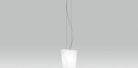 https://www.angledroit.fr/img/luminaire-parallel-c-1.jpg